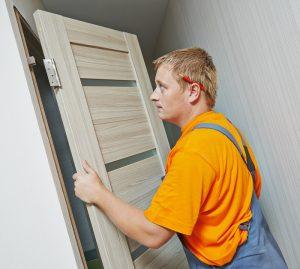 התקנת דלתות פנים